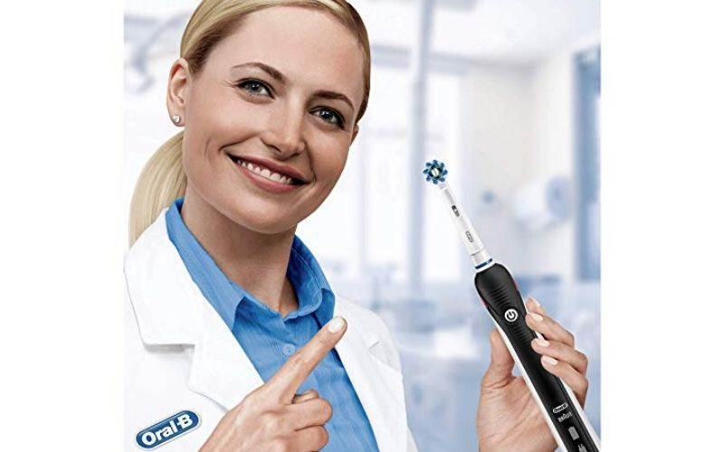 Recensione Oral-B Pro 2 2500 Crossaction